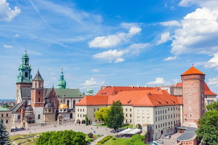 polska monument: Wawel, royal castle and cathedral in Cracow, Poland. View from Sandomierska Tower. Editorial