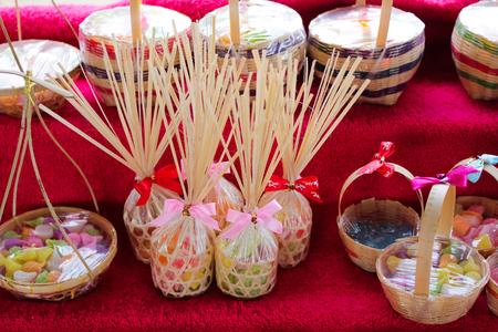 souvenirs: crafts souvenirs