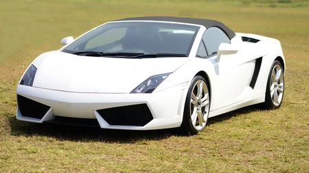 White Lamborghini Gallardo at Mumbai Super car show.