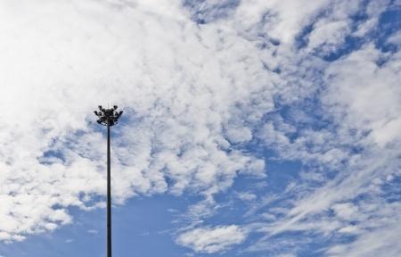 lamp post: elettricit� lampione, il beutifull cielo blu