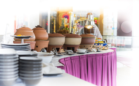 Buffet heated clay pot ready for service 스톡 콘텐츠