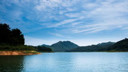 Beautiful lake in Bang Lang Dam ,Yala , Thailand Kho ảnh