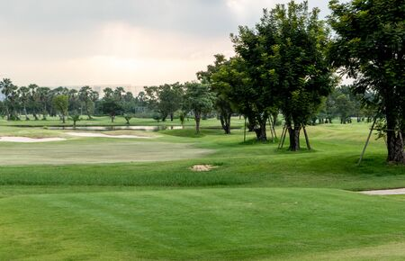 Scenic view of luxury golf course. with beautiful field and sky 版權商用圖片
