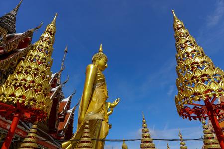 Wat Lat Phrao located at Ladprao Wanghin Rd, Khwaeng Lat Phrao, Khet Lat Phrao,Bangkok Thailand. 版權商用圖片 - 124719657
