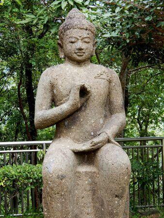 samadhi: Buddha statue