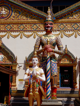 wat pho: Chinese buddhist temple