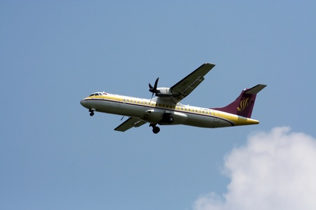 ATR72, 72-200 airmandalay landing at chiangmai airport, flight from yangoon, myanmar