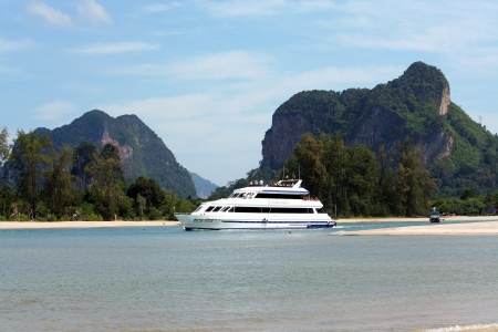 Boat to phi phi island, hot desination island of krabi, thailand.