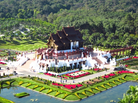 Royal pavilion ( (Ho Kum Luang) in traditional Lanna style at Royal Flora Ratchaphruek Exhibition in Chiang Mai, Thailand  報道画像