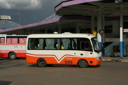 ฺBus, Van routh chiangmai and pai or Mae hong son Stock Photo - 18614002