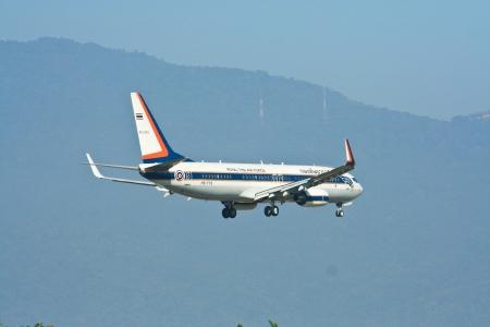 タイ空軍、RTAF のボーイング 737 8Z6BBJ。 報道画像