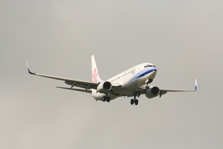 中国航空会社、チェンマイと台北の間飛行のボーイング 737-800。チェンマイの空港、タイからの写真。 報道画像