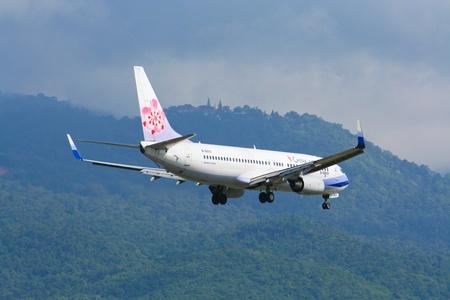 boeing 747: Boeing 737-800 della compagnia aerea China, volo tra Chiangmai e Taipei. Foto dall'aeroporto di Chiang Mai, Thailandia. Editoriali