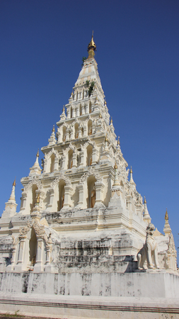 White pagoda wat jediliam chiangmai Thailand Stock Photo - 24007053