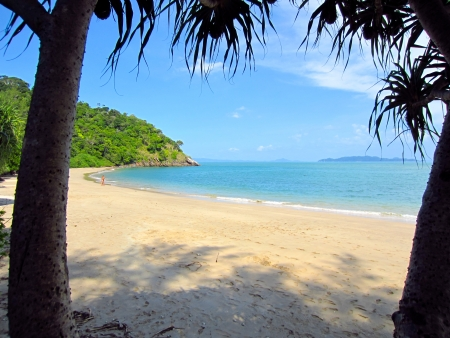 Beautiful white sand beach on lanta island, krabi thailand photo