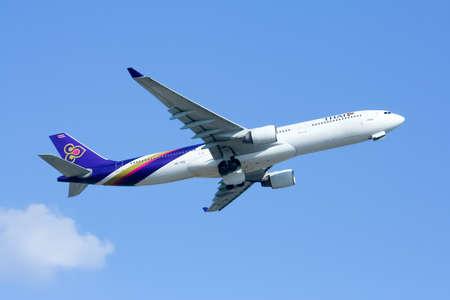 CHIANGMAI , THAILAND-JANUARY 7 2009 : HS-TEE Airbus A330-300 of Thaiairway. Take off from Chiangmai airport to Bangkok Suvarnabhumi.