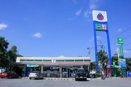 CHIANGMAI, THAILAND - NOVEMBER 14 2014: 7-11 store in Ptt Oil station. Location on road no.1101 about 6 km from chiangmai city. Chiangmai, Thailand.