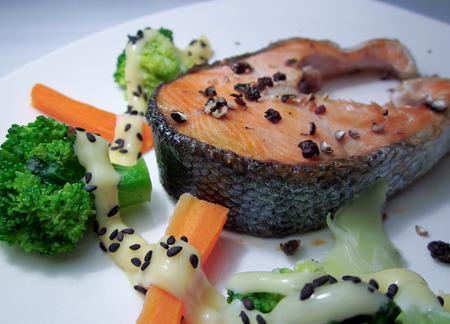 steak salmon photo