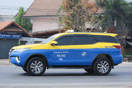 8 12: CHIANGMAI, THAILAND -MARCH 12 2016:   City taxi Meter chiangmai, Toyota Fortuner, Service in city. Photo at road no.1001 about 8 km from downtown Chiangmai, thailand.