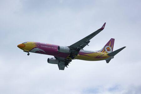 boeing: CHIANGMAI, THAILAND - AUGUST 18 2016: HS-DBS Boeing 737-800 of NokAir . Landing to Chiangmai airport from Bangkok. Editorial