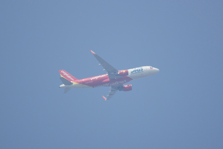 CHIANG MAI, THAILAND - APRIL 10 2018:  VN-A675 Airbus A320-200 of Vietjet airline. Take off from Chiang Mai International Airport to Ho Chi Minh City Airport.