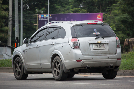 CHIANG MAI, THAILAND - JUNE 17 2018:  Private SUV car, Chevrolet captiva. Photo at road no.121 about 8 km from downtown Chiangmai, thailand. 報道画像