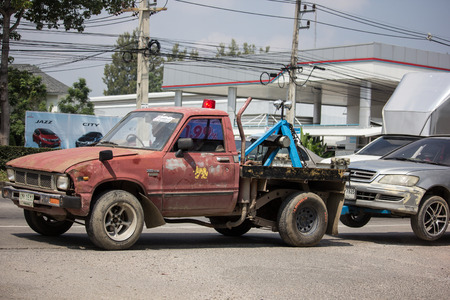 Chiangmai, Thailand - October 8 2018: Private Tow truck for emergency car move. Photo at road no 121 about 8 km from downtown Chiangmai, thailand. Redakční