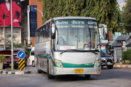 Chiangmai, Thailand - 16. Februar 2019: Bus der Greenbus Company. Green Bus ist ein großes Unternehmen für Busservice in der Nordregion von Thailand.