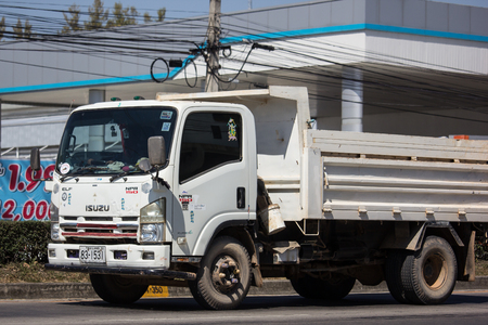 Chiangmai, Thailand - February 7 2019: Private Isuzu Dump Truck. On road no.1001 8 km from Chiangmai Business Area. Éditoriale