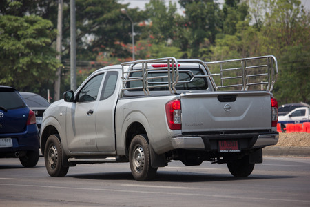 Chiangmai, Thailand - April 30 2019: Private Pickup car, Nissan Navara. On road no.1001, 8 km from Chiangmai Business Area. 新聞圖片