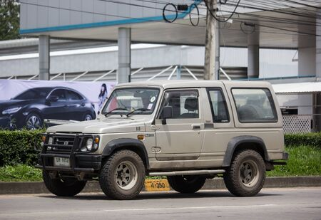 Chiangmai, Thailand - August 29 2019: Private car, Suzuki Caribian. Photo at road no.1001 about 8 km from downtown Chiangmai, thailand. Redactioneel