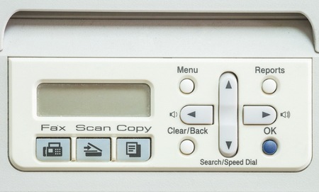fotocopiadora: Superficie de la pantalla de detalle de la fotocopiadora y fax en la oficina de edad con textura de fondo