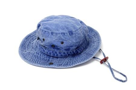 insolaci�n: un sombrero de CUCHAR�N azul aislado en un fondo blanco