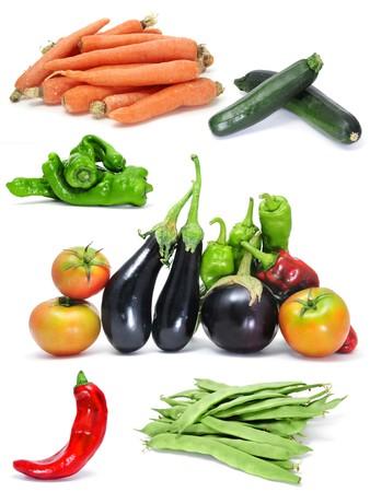 berenjena: un collage de diferentes verduras sobre un fondo blanco  Foto de archivo