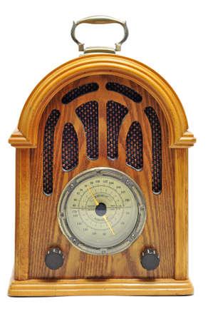 près d'un récepteur de radio antique