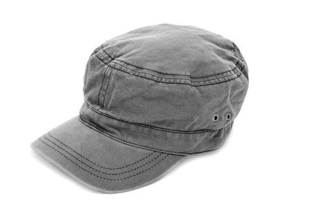 insolaci�n: una gorra color caqui aislada en un fondo blanco