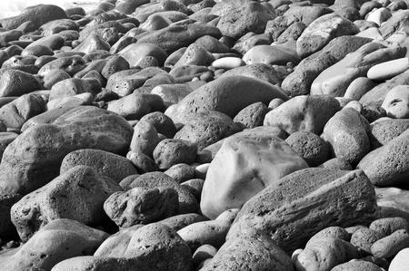 beach shingle: primo piano di un mucchio di ciottoli di una spiaggia di ciottoli Archivio Fotografico