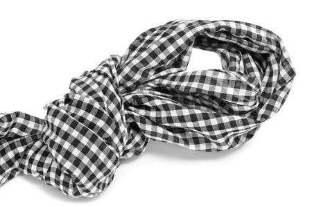 sciarpe: una sciarpa a scacchi con un nodo su uno sfondo bianco Archivio Fotografico