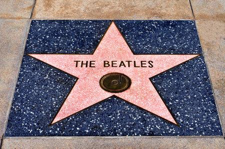 estrellas cinco puntas: Los Angeles - 16 de octubre de 2011: La estrella de los Beatles en Hollywood Walk of Fame el 16 de octubre de 2011 en Los Angeles. Los m�s de 2.400 estrellas de cinco puntas atrae a cerca de 10 millones de visitantes al a�o