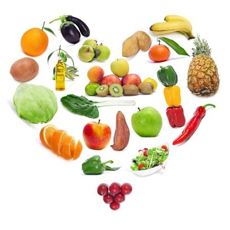 láska k zdravé výživy ovoce a zeleniny, které tvoří srdce