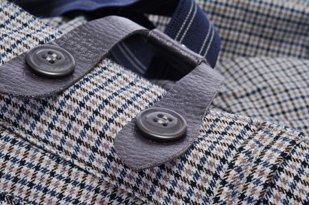 close-up van een paar klassieke man broek met bretels Stockfoto