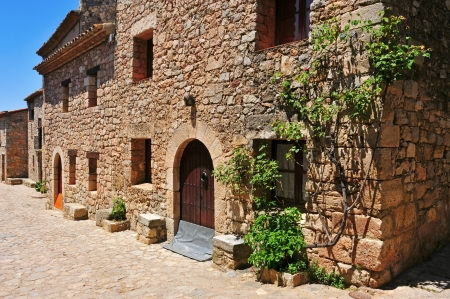 catalonia: a view of a Siurana, an ancient village on the top of a peak in Tarragona, Spain Stock Photo