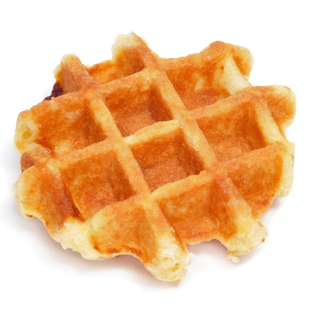 waffles: un gofre llano en un fondo blanco