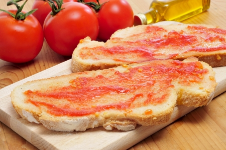 hoagie: pa amb tomaquet, bread with tomato, typical of Catalonia, Spain