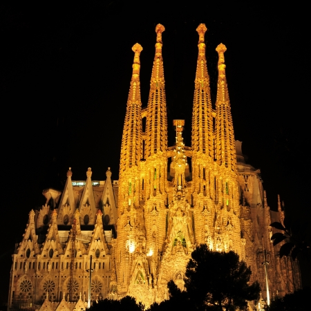 sagrada familia: Barcelona, Spain - August 15, 2012: Sagrada Familia at night in Barcelona, Spain. The impressive cathedral designed by Antoni Gaudi is being built since 1882 and is not finished yet Editorial