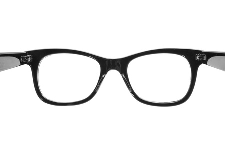 rimmed: cerca de un Negro gafas con montura de pl�stico sobre un fondo blanco, abierto como en la acci�n para ponerlos en