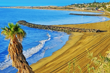 canaria: a view of Playa del Ingles beach in Maspalomas, Gran Canaria, Canary Islands, Spain Stock Photo