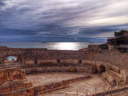 roman amphitheatre: Anfiteatro romano en Tarragona Espa�a