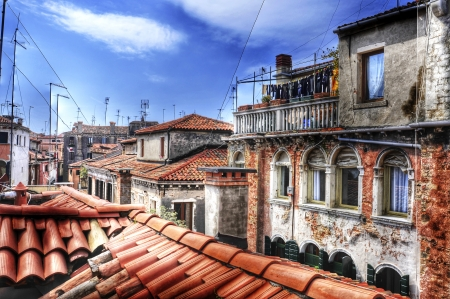 sestiere: view of the roofs of San Polo sestiere in Venice, Italy
