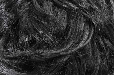 artificial hair: primer plano de pelo negro